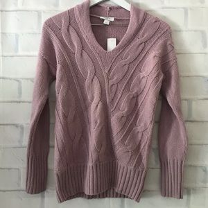 Loft | NWT v-neck cable knit sweater